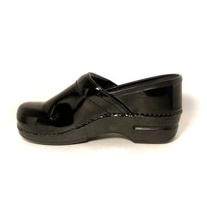 Dansko black gloss clogs / mules